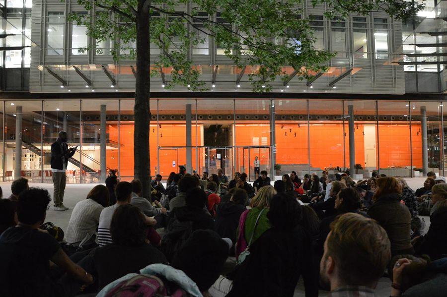 Inua Ellams addresses participants in the 2015 London Midnight Run.