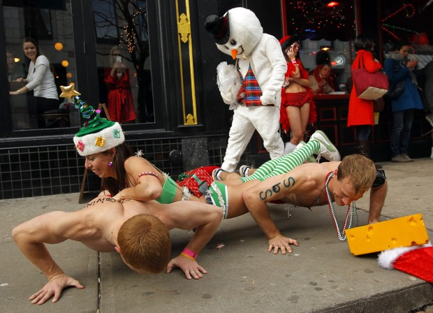 The 2011 edition of Boston's annual Santa Speedo Run. (REUTERS/Brian Snyder)
